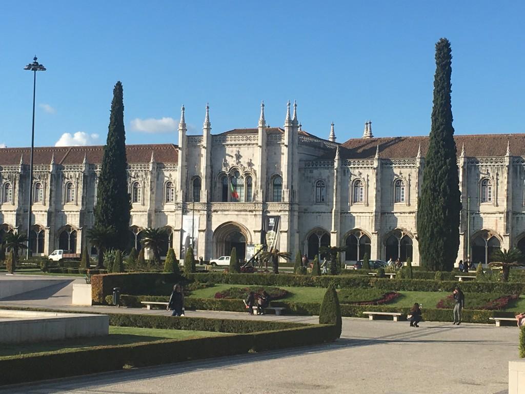 Praca do Imperio(Empire Square) - En af de største og smukkeste pladser i Europa.